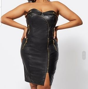 NWT FTF SIZE 3 (22/24) Black faux leather bodycon